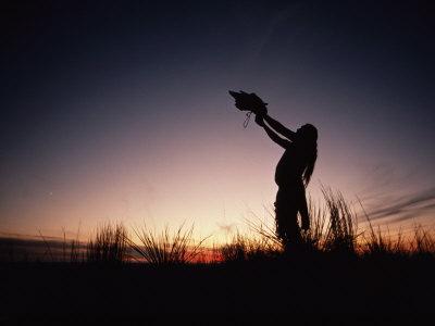 a-sioux-medicine-man-offers-a-ritual-prayer-to-the-buffalo