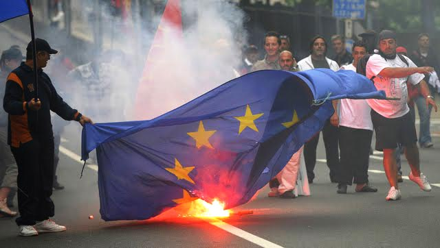 Out Of The Ashes Of The Collapse Of The Eurozone Will A &#8220;United States Of Europe&#8221; Arise?