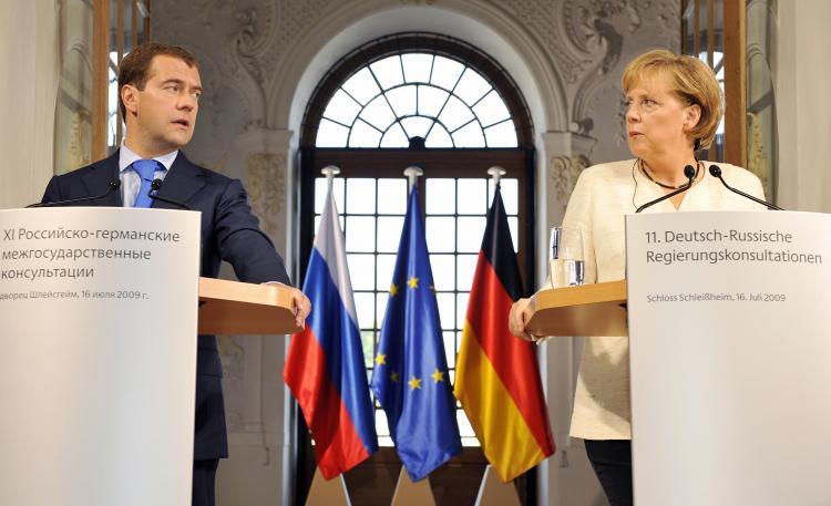 Orosz-német szövetség menti meg Európát?