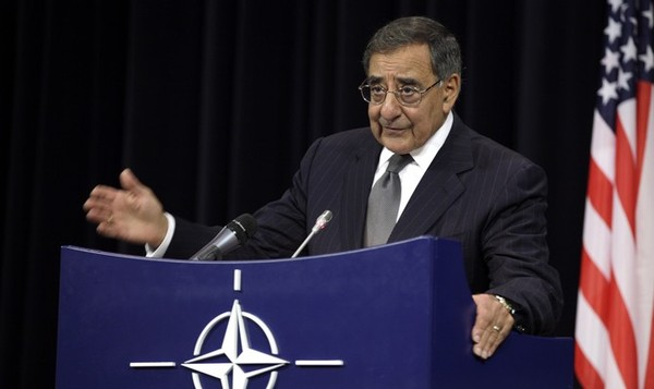 Panetta warns of dire threat of cyberattack on US