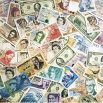 A központi bankok elértéktelenítik a fiat valutákat az egységes világpénz bevezetéséhez