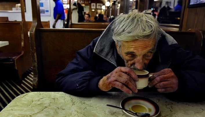 Italian tradition of 'suspended coffee' takes hold elsewhere in tough economic times