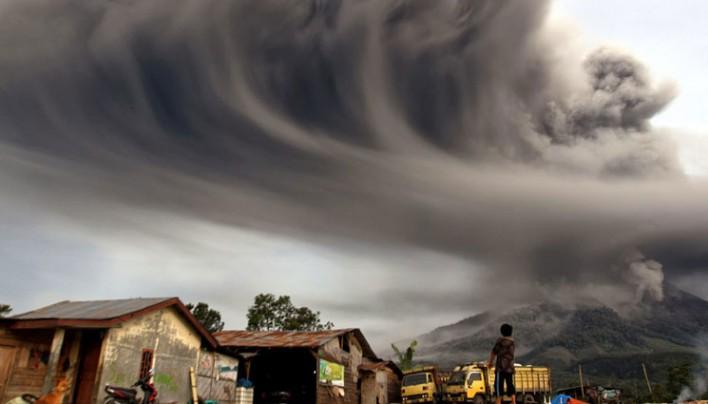 Hét vulkánkitörés hat országban néhány óra leforgása alatt