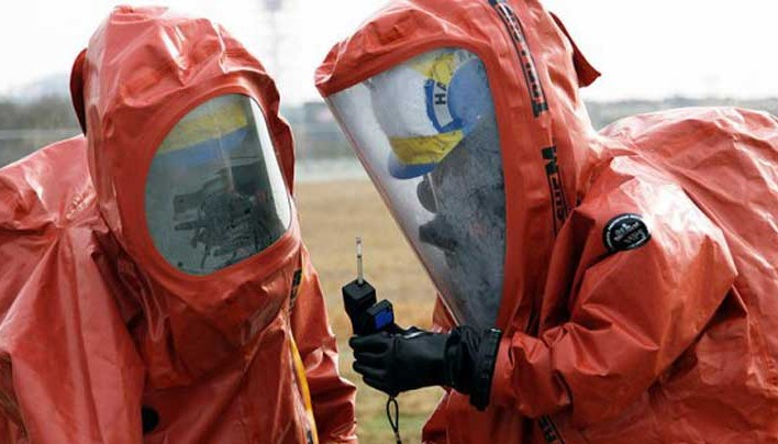 What are US biowar researchers doing in the Ebola zone and how does Monsanto come into this?