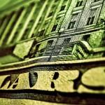 Elkezdődött: Oroszország egy hónap alatt dollártartaléka 20 százalékán adott túl
