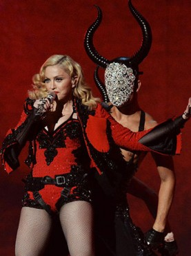 madonna-grammys-performance