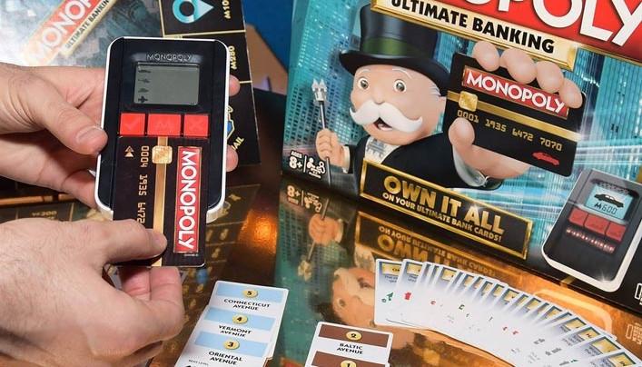 Már a Monopoly is készpénz nélküli – A vonalkódok a játékosokat és a tranzakciókat is nyomonkövetik