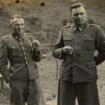 Balról jobbrat: Dr. Josef Mengele, Rudolf Höss, Josef Kramer, és egy ismeretlen tiszt